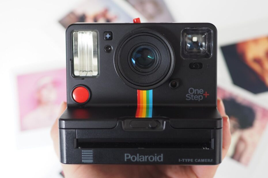 10 Best Polaroid Cameras 2021 - Which is the Best Instax Camera? 1