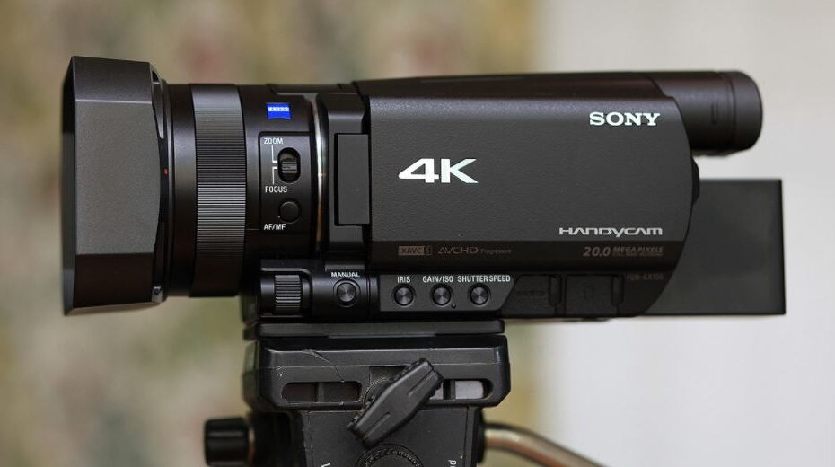 10 Best 4K Camcorders 2020 - Which is the Best Camcorder? 1