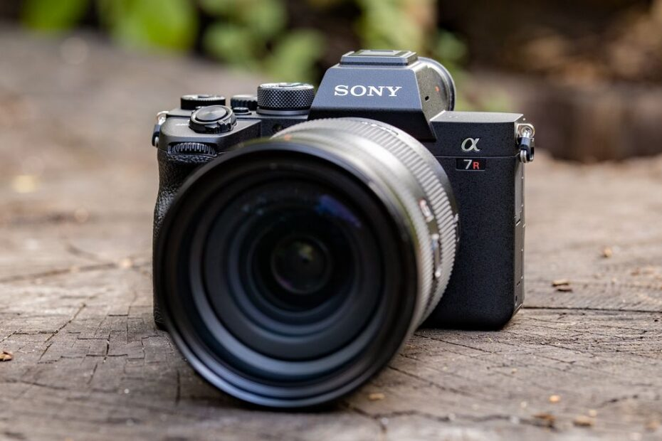 Best Sony Cameras - Compact, Bridge, Action, Mirrorless, Fullframe